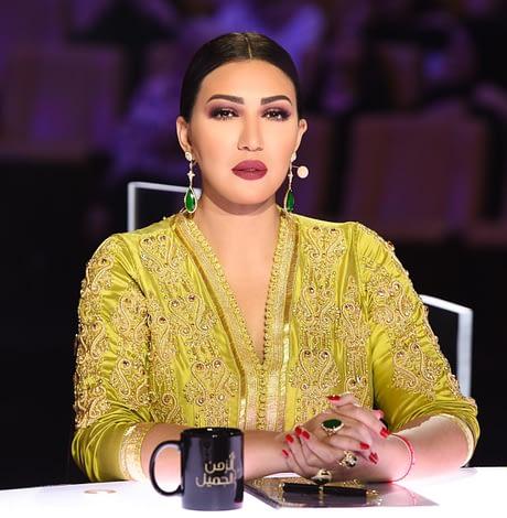Photo of أسماء المنور تتألق بالقفطان المغربي في أضخم برنامج بأبوظبي