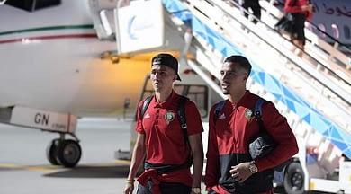 Photo of بعثة المنتخب المغربي تصل إلى جزر القمرباستثناء ثلاثة لاعبين !