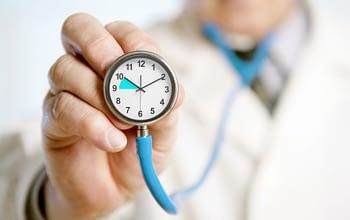 Photo of دراسة..التوقيت الصيفي يزيد من حالات الإصابة بالأزمات القلبية وارتفاع حوادث السير