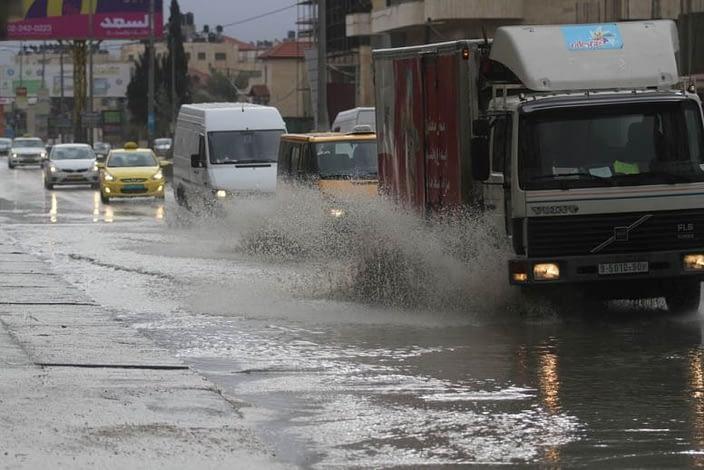 Photo of مديرية الأرصاد الجوية تتوقع طقسا باردا وزخات مطرية قوية في هذه المناطق